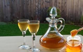 Самогон из меда: Медовая брага с сахаром и без в домашних условиях