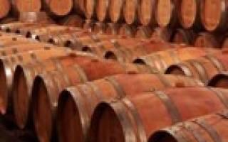Как выбрать емкость для брожения браги, вина и пива