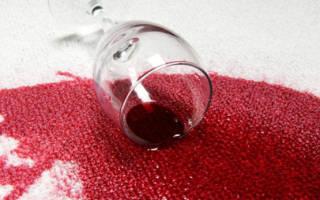 Пятна от вина, как вывести на ковре, с одежды, дивана, на обоях?